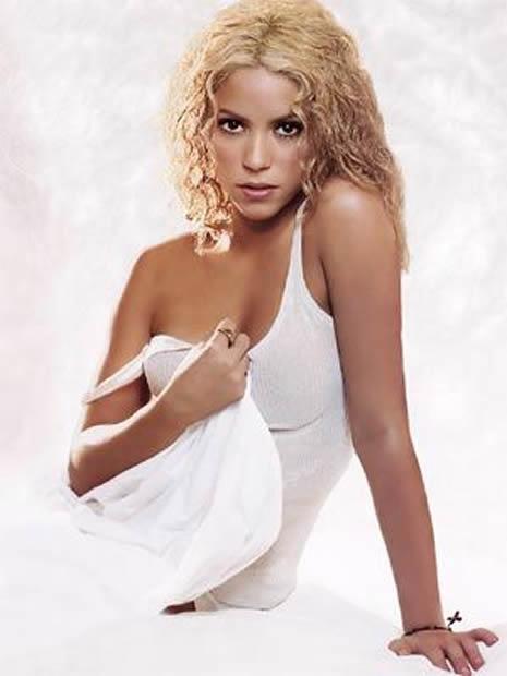 Shakira Türk reklamında galerisi resim 10