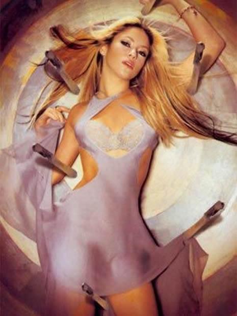 Shakira Türk reklamında galerisi resim 13