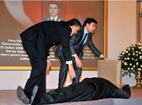 Abdullah Gül'ün en zor anları galerisi resim 1