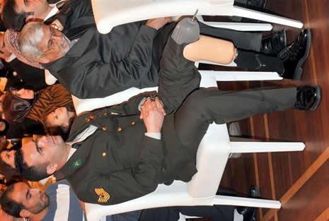 Abdullah Gül'ün en zor anları galerisi resim 16
