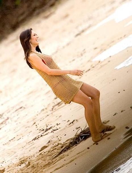 Plaja damgasını vuran ünlüler galerisi resim 24
