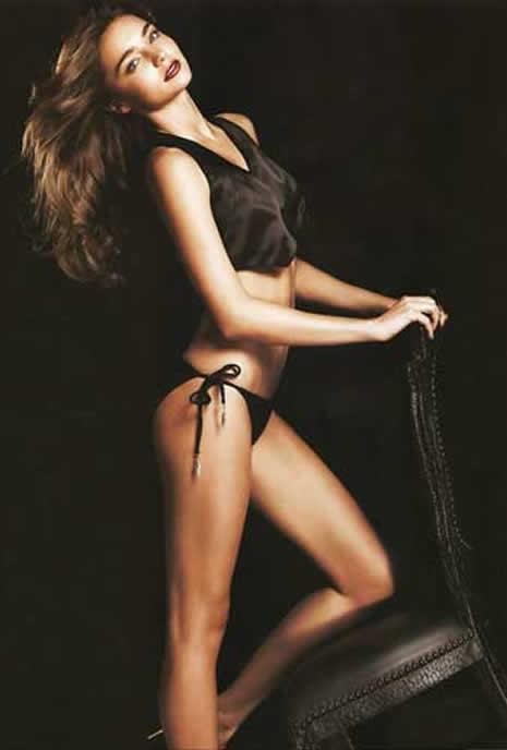 Miranda Kerr çıplak poz verdi galerisi resim 27