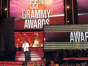 56.Grammy Ödülleri sahiplerini buldu