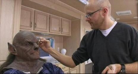 Kurt Adam'ın makyajı nasıl hazırlandı? galerisi resim 3