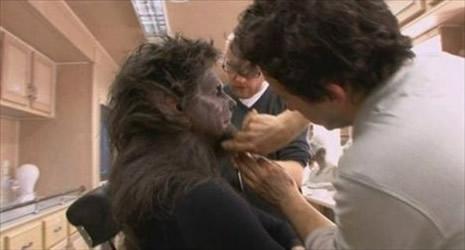 Kurt Adam'ın makyajı nasıl hazırlandı? galerisi resim 6