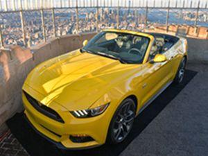 Yeni Mustang Convertible bakın nerede tanıtıldı