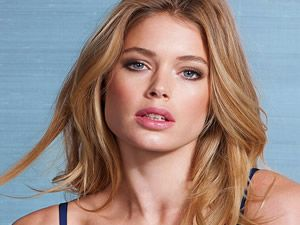 Seksi model Doutzen Kroes,