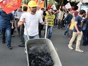 Kızılay'da 'Soma' eylemine polis müdahale etti