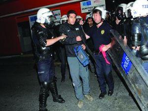 İzmir'de 10 yaşındaki çocuk gözaltına alınmak istedi