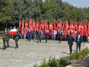 19 Mayıs'ta Anıtkabir ziyaret edildi