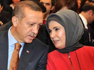 Erdoğan'dan eşine evlilik sürprizi