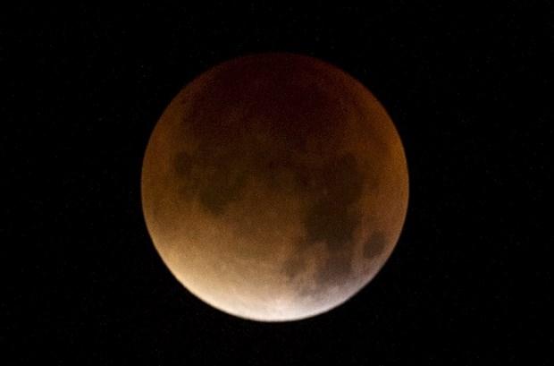33 yıl  sonra bir ilk: Süper Ay tutulması heyecanı galerisi resim 1