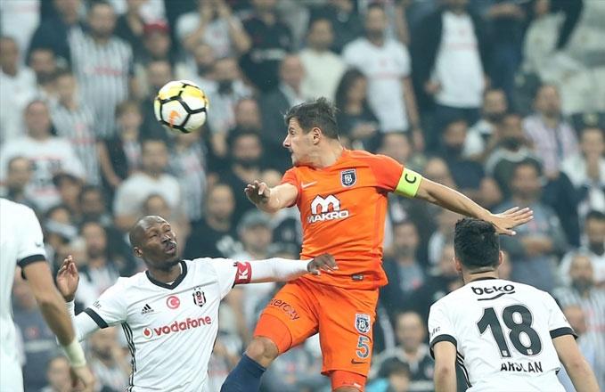 Beşiktaş-Başakşehir maçı fotoğrafları galerisi resim 1