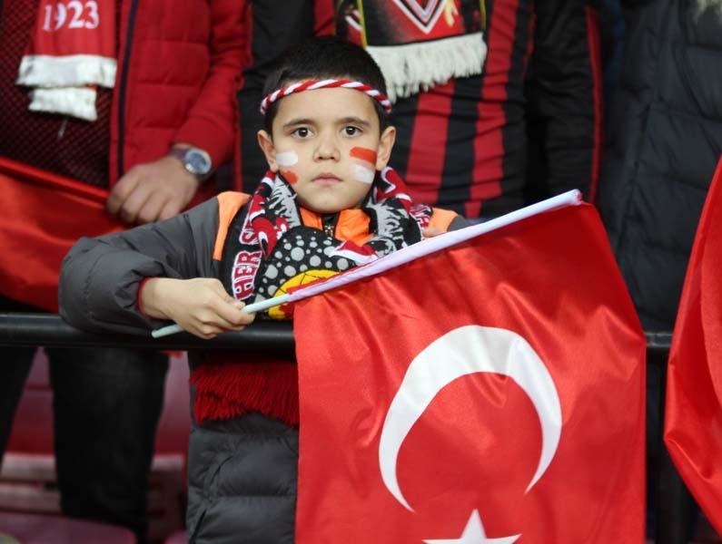 Türkiye - Moldova: 4-0... Maçtan muhteşem görüntüler galerisi resim 1
