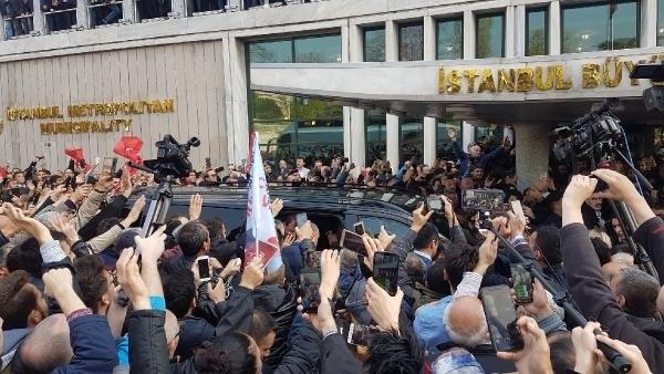 İstanbul Başkanı'nı böyle bağrına bastı galerisi resim 17