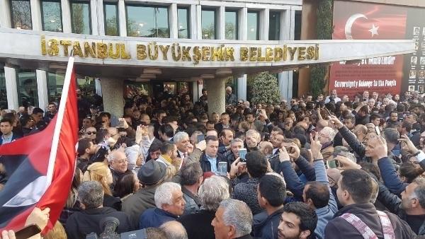 İstanbul Başkanı'nı böyle bağrına bastı galerisi resim 22