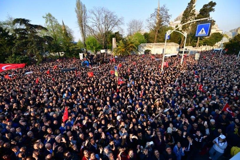 İstanbul Başkanı'nı böyle bağrına bastı galerisi resim 29