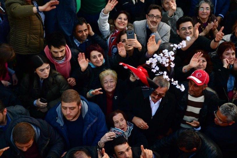 İstanbul Başkanı'nı böyle bağrına bastı galerisi resim 7