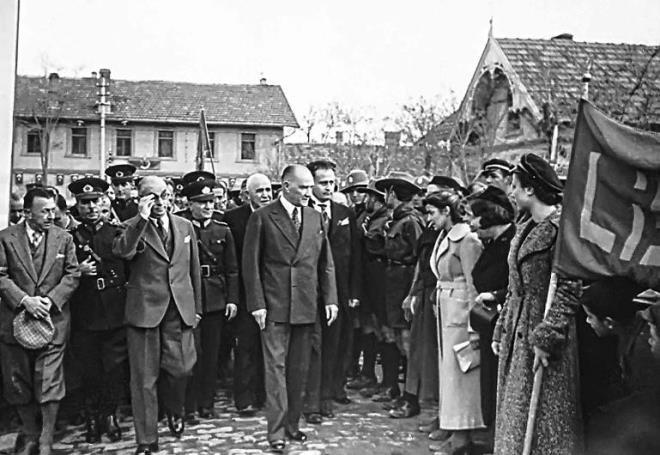 19 Mayıs'ın 100'üncü yılında Atatürk fotoğrafları galerisi resim 1