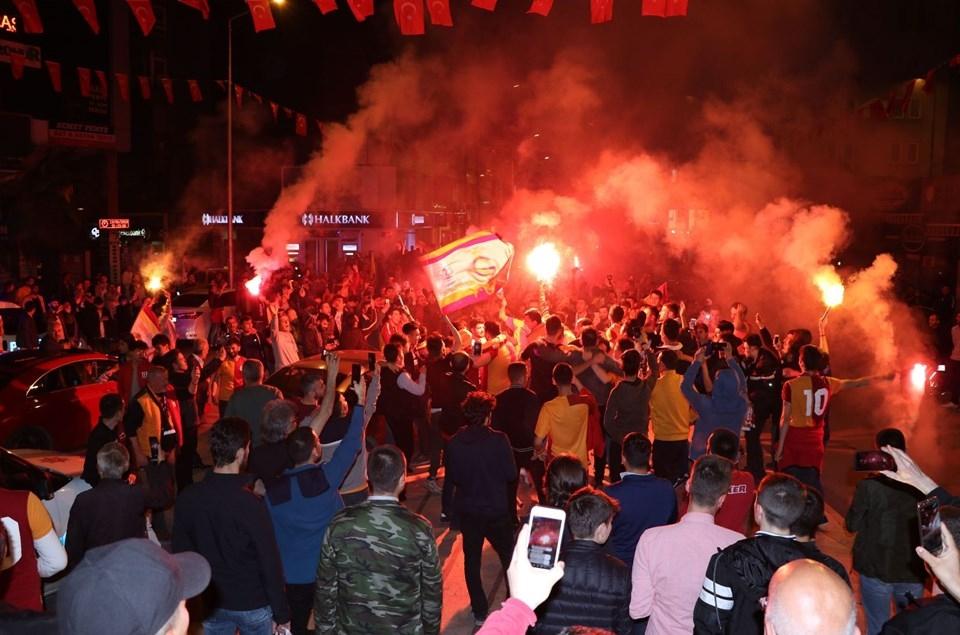 Galatasaray'ın 'Şampiyonluk' coşkusu galerisi resim 1