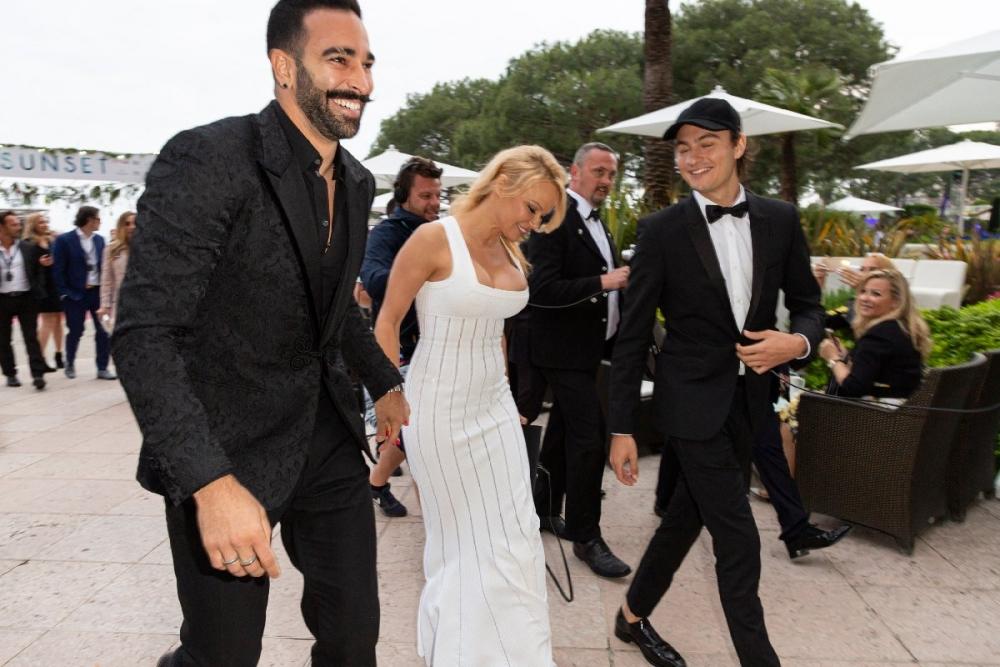 Pamela Anderson sonunda itiraf etti! galerisi resim 1