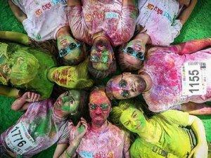 Bursa'da rengarenk koşu festivali...