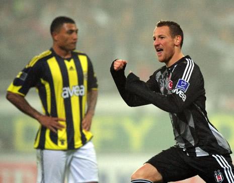 Beşiktaş Fenerbahçe'yi 3-0 yendi galerisi resim 1