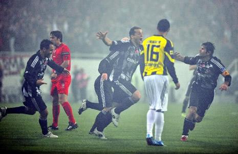 Beşiktaş Fenerbahçe'yi 3-0 yendi galerisi resim 2