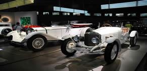 Mercedes-Benz'den otomobil tarihine yolculuk
