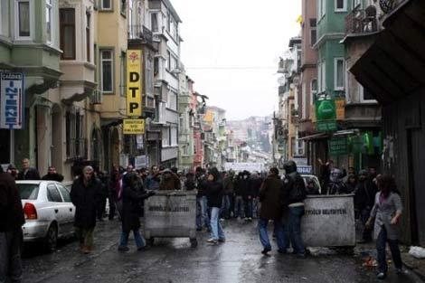 İSTANBUL'DA SİLAHLAR ÇEKİLDİ galerisi resim 10