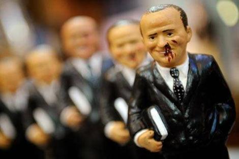 Berlusconi'nin heykeli yok satıyor galerisi resim 1