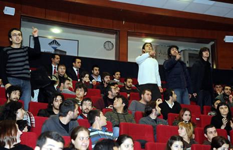 Egemen Bağış'a protesto galerisi resim 4