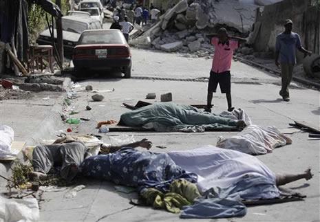 Haiti'de cesetler havada uçuşuyor galerisi resim 12