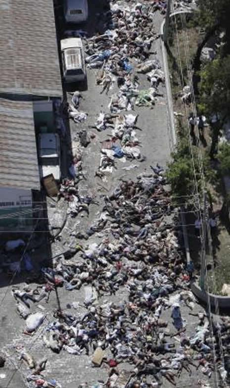 Haiti'de cesetler havada uçuşuyor galerisi resim 15