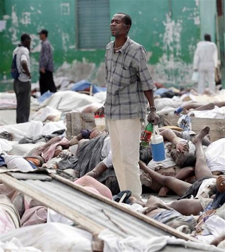Haiti'de cesetler havada uçuşuyor galerisi resim 3