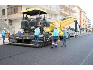 Akçakoca Belediyesi sıcak asfalt sezonunu açtı