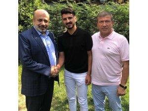 Batuhan İşçiler 2 yıl daha Adana Demirspor'da