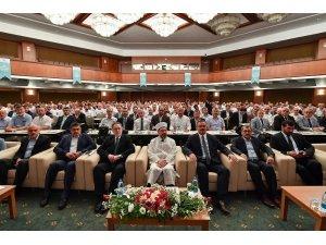 Diyanet İşleri Başkanı Erbaş kafile başkanları bilgilendirme toplantısına katıldı