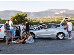 Didim'de iki otomobil kafa kafaya çarpıştı; 2 yaralı