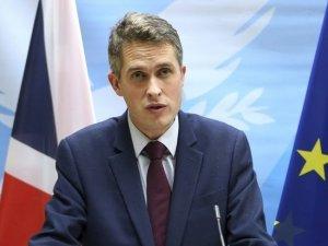 İngiltere Savunma Bakanı Williamsson, Rusya'yı İngiliz vatandaşlarını zehirlemekle suçladı