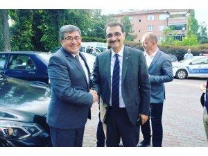 Başkan Can, Bakan Dönmez'e yeni görevinde başarılar diledi