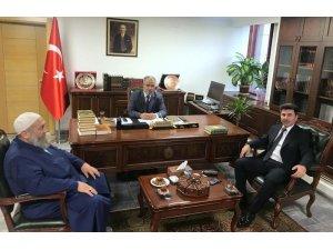 Rektör Karacoşkun Diyanet İşleri Başkanı Erbaş ile bir araya geldi