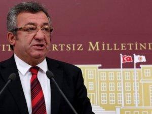 'Türkiye'nin manevi varlığına ağır darbe vurulmuştur'