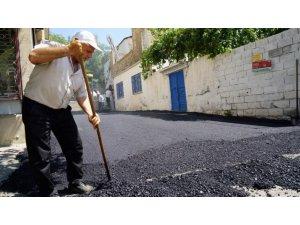 Bahçelievler Mahallesinde sokak asfaltları yenileniyor