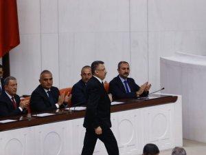 Bakanlar Meclis'te yemin etti
