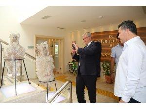 Ukrayna Ankara Büyükelçisi'nden Mehmet Kocadon'a ziyaret