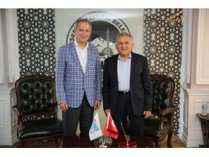 İl Milli Eğitim Müdürü Ekinci Başkan Büyükkılıç'ı ziyaret etti