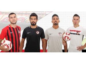 Gazişehir'in yeni sezon formaları tanıtıldı