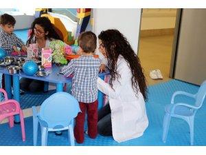 Çocuklar 'ergoterapi' ile engellerini eğlenerek aşıyor