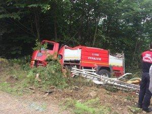 Yangına giden itfaiye aracı kaza yaptı: 3 yaralı